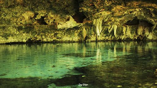 cenote dos ojos caverna