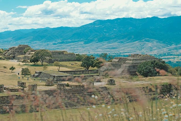 Zona arqueologoca de monte alban oaxaca