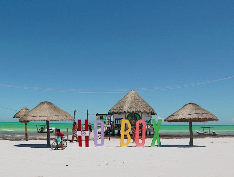 Holbox letters